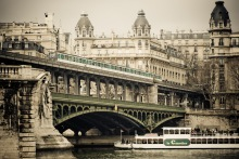 bir hakeim bridge HR