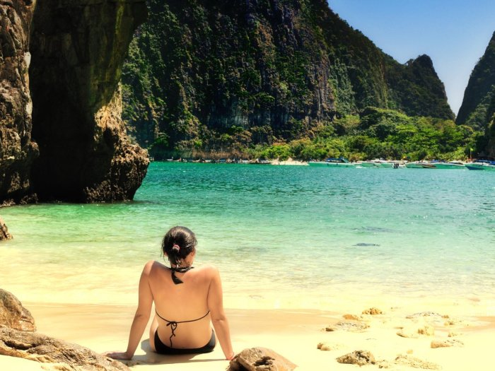 limestone-cliffs-shelter-the-beaches-on-koh-phi-phi-leh-in-southern-thailand-maya-beach-was-made-famous-by-the-movie-the-beach-and-gets-overcrowded-during-the-day-so-check-out-the-beautiful-ao-ton-sai-or-laem-tong-for-more