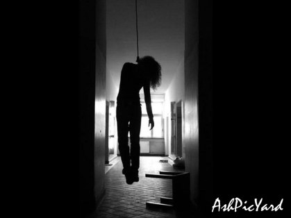 girl-hanging-rope-suicide